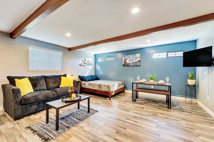 Cozy Comfy Studio -- Disney/Knotts/LA/OC- 4ppl