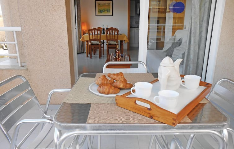 Holiday apartment with 1 bedroom on 32m² in Blanes