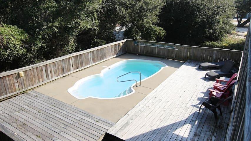 Water,Pool,Jacuzzi,Tub,Hot Tub