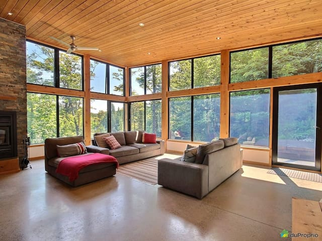 Modern Gem Overlooking Low-Key Beaver's Pond