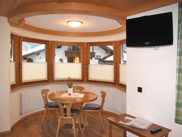 120 m² Ferienwohnung Haus Apart Grazia - Prutz. Fendels - Lägenhet
