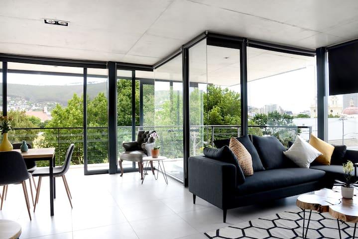 Designer Apartment in prime location