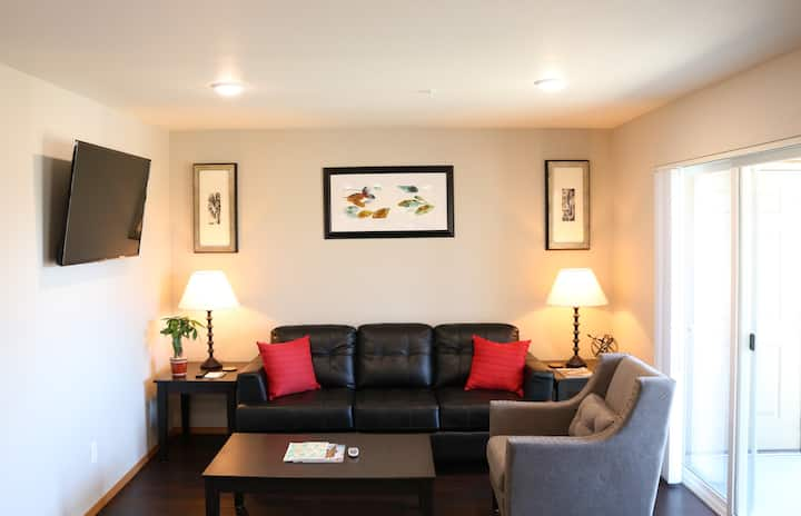 Autumn Leaf Furnished Apartments - Apartment, 1 Bedroom