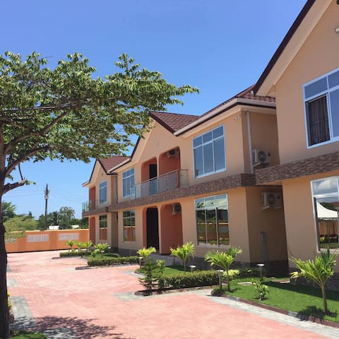 #Aibo five star vila; Unit 2. - Dar es Salaam - Villa
