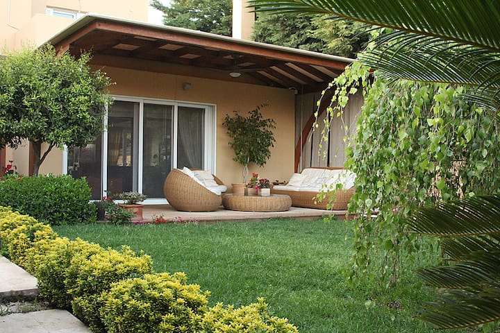 Lida Garden Vacation House - Anavyssos - Villa
