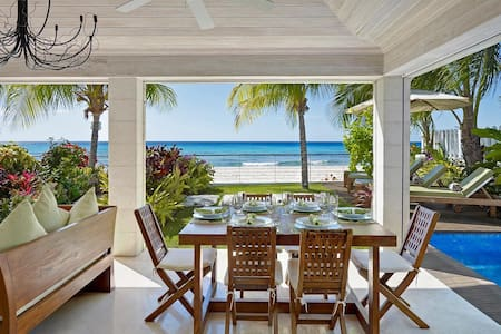 Radwood Beach Villa 2