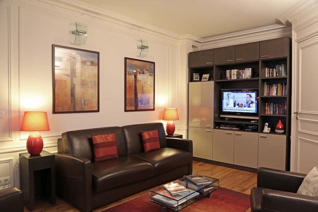 Warm and stylish, flat screen TV with over 160 free channels