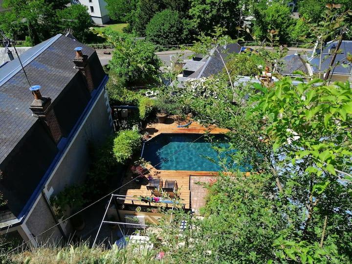 Art en Troglo : troglodyte avec piscine et SPA