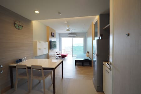 Sea View, Cozy and Serene Shelter - Sam Roi Yot - Apartemen