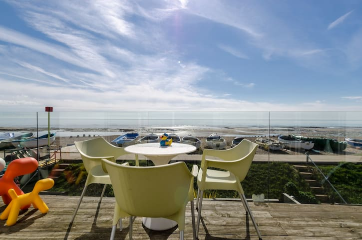 Luxury Beach House - Pett Level