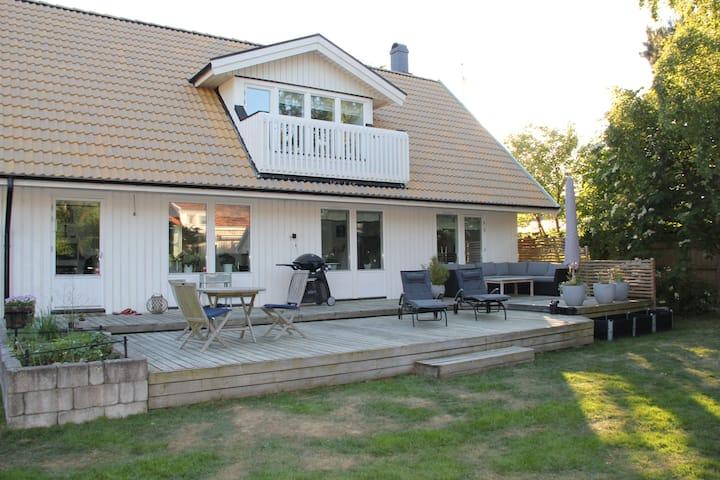 Villa close to the beach in Höllviken