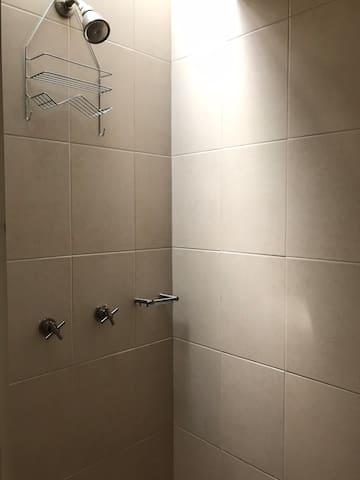 La ducha de baño