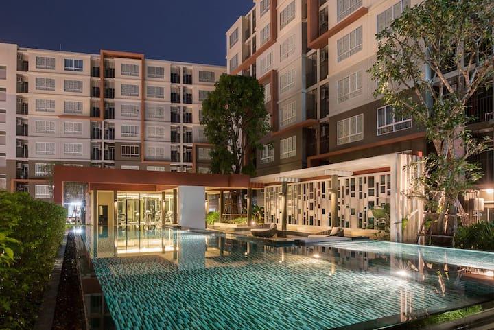 Demi Condo in Kathu, Phuket - Swimming Pool & Gym