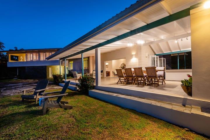 Vantage-Villa with spectacular Caribbean Sea views