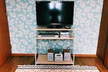 TV, DVD player & Audio is free to use テレビ、DVDプレーヤー、オーディオはご自由にお使い頂けます。