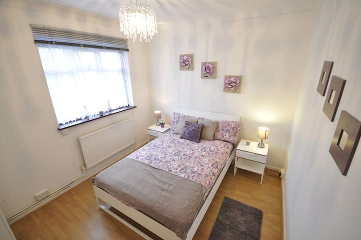 (50AST-4)PRIVATE ROOM FOR 2 NEAR MILE END PARK - London - Apartmen