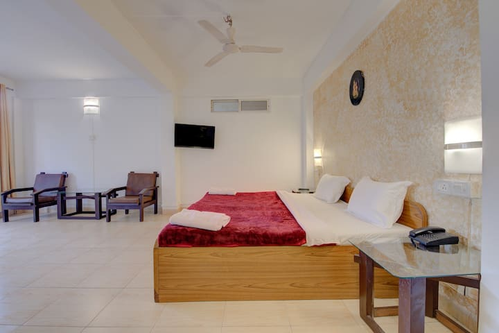 Double Room at Mahabaleshwar.