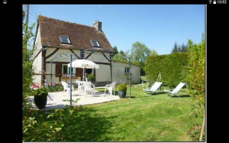 Agréable maison Normande - Le Ménil-de-Briouze - Dům