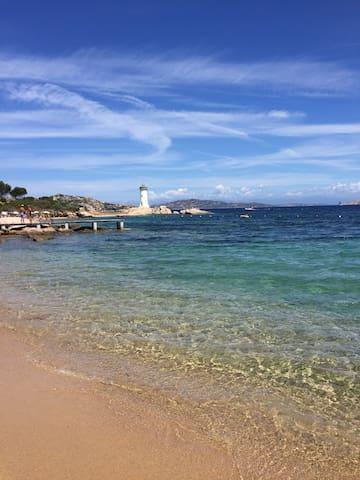 Baia del Faro - Porto Faro 100 metri dal mare