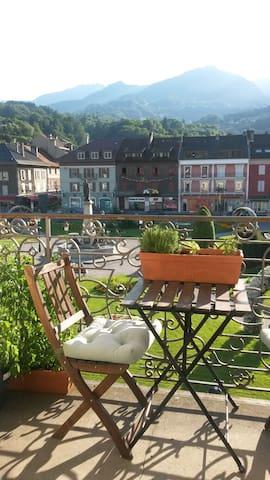 Cheap ski location in Mt Blanc area with breakfast - Sallanches - Daire