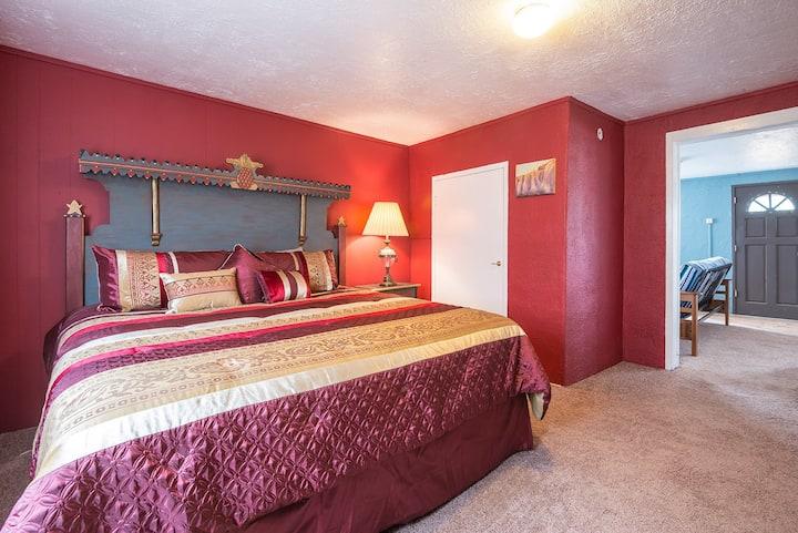 Charming Santa Fe Home