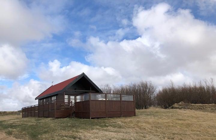 Áshamrar - Húsar volcano cottage