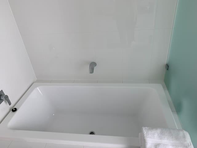 Full bath in Private Bathroom/washroom