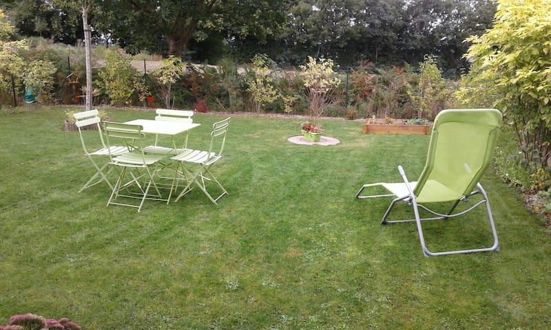 Maison moderne 70 m² avec jardin