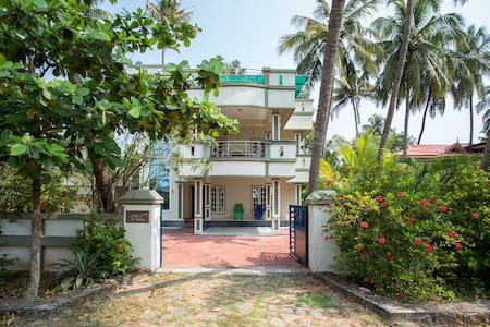 Three Bedroom Villa near Beach that suites Comfort - エルナクラム