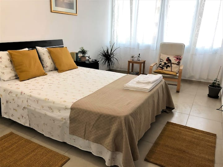 930m to Makenzy Beach | 1 Bedroom| Perfect Located