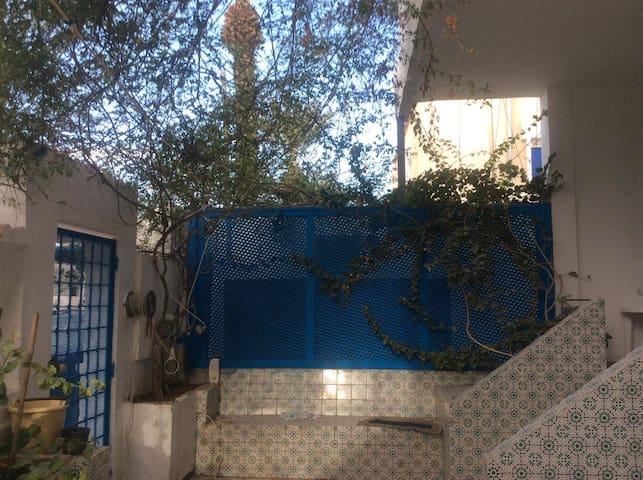 Superbe villa en plein centre de Ben Arous