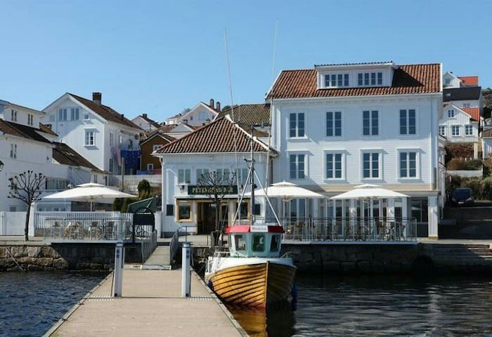 Oceanfront apartment in Risør - Risør - Wohnung