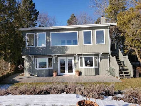 Newly Renovated Beach Front Home in Oostburg WI
