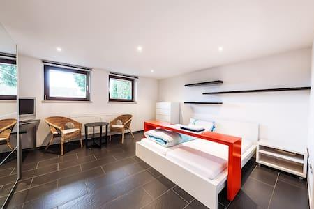 Naturnah ruhig wohnen für 1-3 Personen - Leinburg - Wohnung