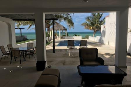 Beautiful house at the beach - Chicxulub Puerto - Haus