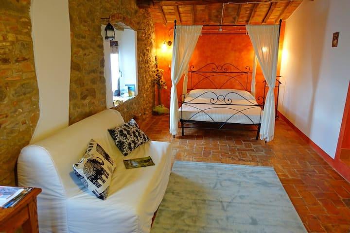 Tuscany - Romantic Getaway