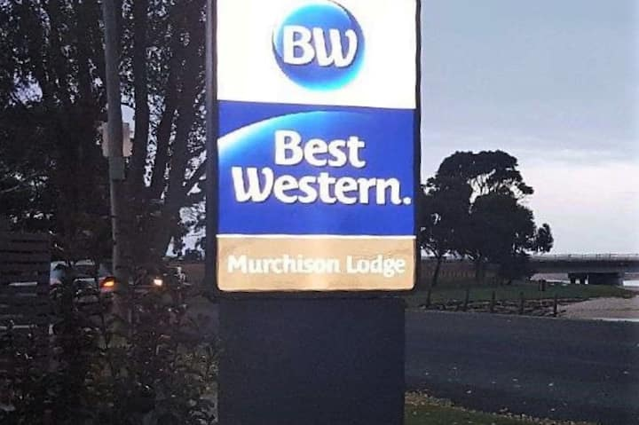 Best Western Murchison Lodge -Twin Room (Min 30N)