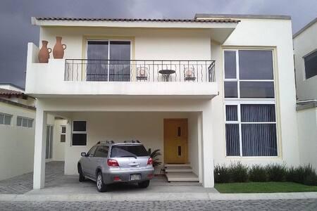 Cuarto de lujo en Metepec Edo Mex - Metepec - Rumah