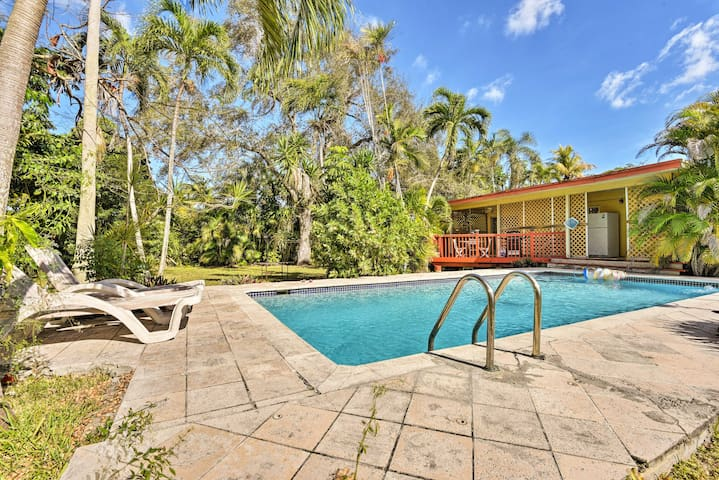 Quaint House in the Heart of Miami Springs w/Pool!