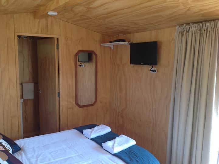 Gumdiggers Cabin