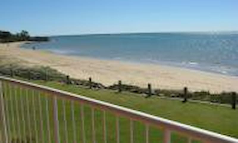 Holiday at the Marina on the Fabulous Fraser Coast - Urangan - Apartment