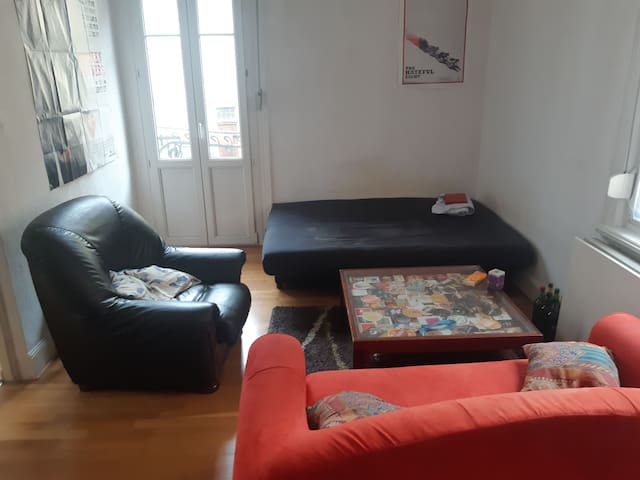 Appartement 2 chambres + salon, cuisine et sdb