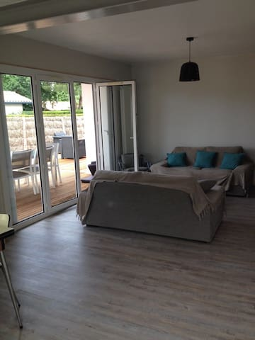 House ARES, 3 bedrooms