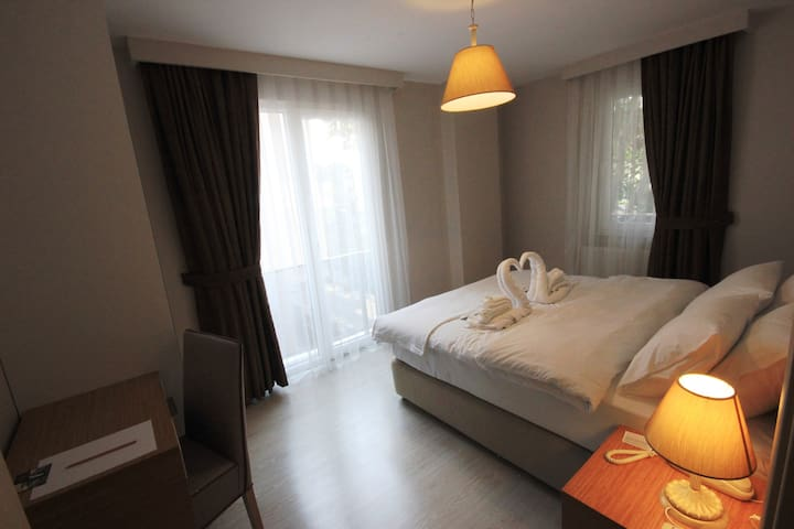 Suites 1+1 Balcony 1 Double Bed