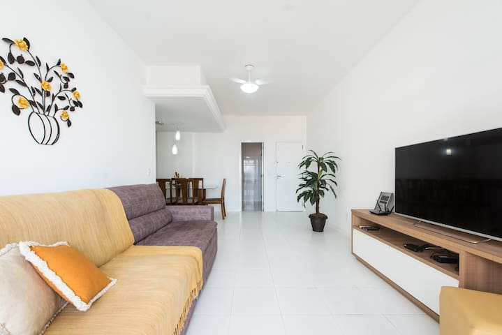 "Sala de estar/SmartTV55""/Sofá cama"