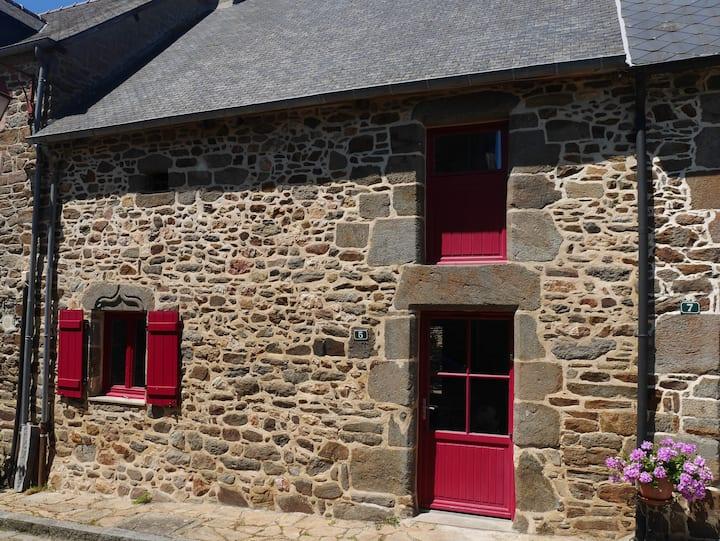 Maison en bord de Rance à 12 Km de Saint-Malo