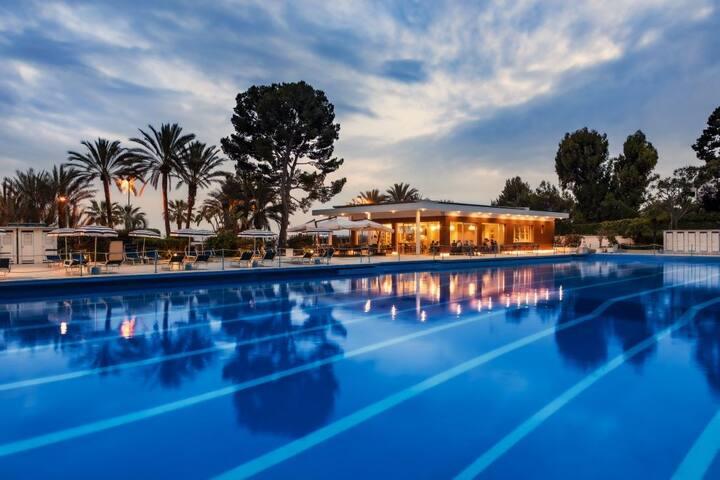Villa del Parco con piscina a Sanremo frontemare