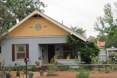 The Lynn House - Bisbee - Casa