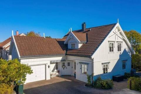 Velkommen til «Villa Sjøbris»