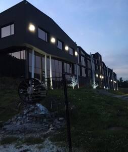 Апартаменты на берегу озера Байкал